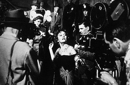 Norma Desmond era buena conocedora del poder del blanco y negro en sus primeros planos.