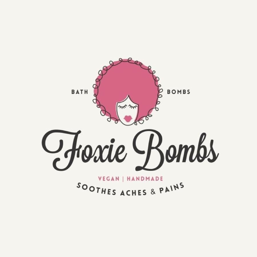 Foxie Bombs社優勝作品、デザイナー:*sabrina*