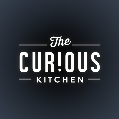 Logo y paquete de imagen corporativa para The Curious Kitchen por Project 4