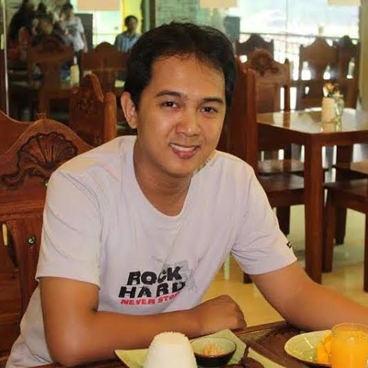 Raymond Santos